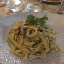 pasta in rome, olive oil